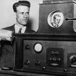 مخترع تلویزیون فارنزورث