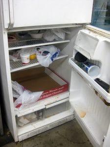 یخچال کثیف