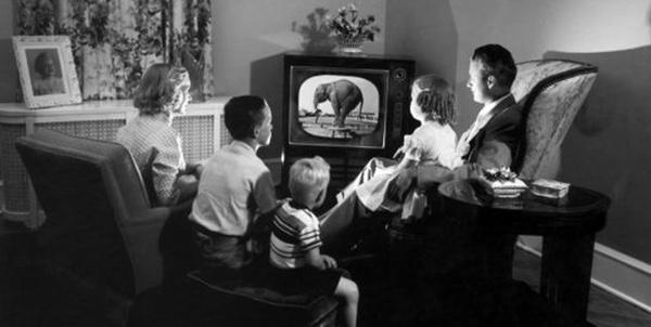 تلویزیون سیاه سفید
